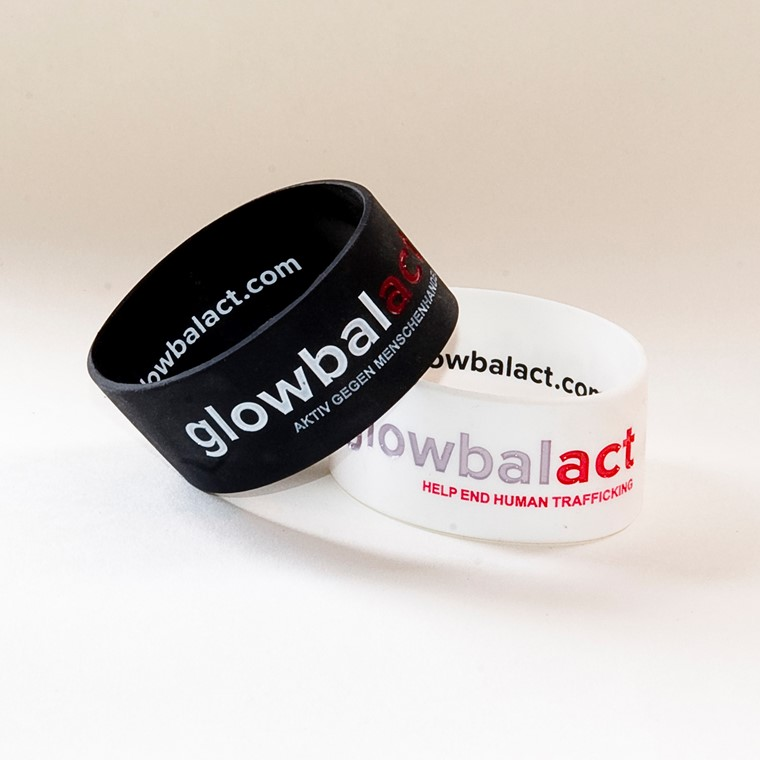 glowbalact thick wristband