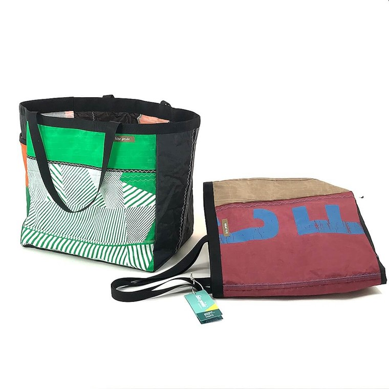 kite.pride Grande Tote Bag